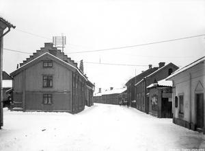 Känner du igen Drottninggatan? Året är 1919.