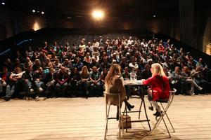 Seminariet med Susanne Osten i Lilla gasklockan lockade många åhörare. Teaterbiennalen, som omsatte 14 miljoner, lockade totalt 1 587 deltagare till Gävle.