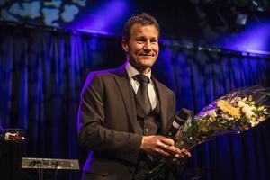 Peter Andersson blev årets ledare och hyllade sitt lag. Han har precis förlängt sitt kontrakt och fortsätter att leda ÖDFF i elitettan 2015.