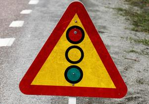 Under arbetet styrs trafiken via signaler och köer kommer att uppstå på den hårt trafikerade väg 331.