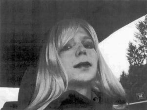 Chelsea Manning har de senaste åren levt som kvinna i ett fängelse för män.