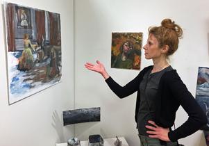 Karoline Krikorian hoppas på en framtid som konstnär i Sverige.