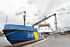 Kustbevakningen i Gävles nya fartyg är hela 46 meter lång. Den kommer att bemannas med sex personer varav tre dykutbildade.