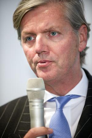 Kraschande holländare. Victor Muller framstår som ett allt allvarligare hot mot Saabs redan små möjligheter att överlevafoto: scanpix
