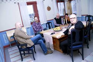 S-politiker från nämnder och utskott: Erik Eriksson Neu, Kent Hammarström, Åke Bertils, Sigbritt Persson och Carin Walldin.