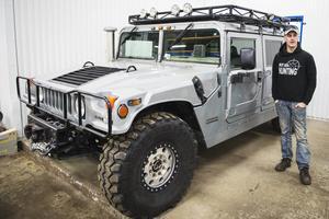 Jeep Tom fick sitt smeknamn när han vid 15 års ålder skaffade sitt första fordon som råkade vara just en gammal Jeep.