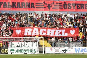 Falkarna hyllade Rachel med ett tifo under matchen mot Djurgården.