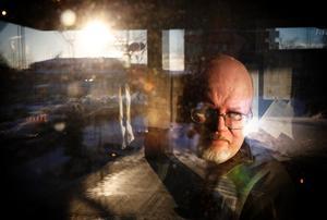 Michael Eriksson har försett både nationell och internationell musikpress med material sedan sent 1970-tal. Nu närmar sig hans eget nostalgiska hobbyprojekt, tidningen Retrofuture, sitt slut. Det har varit en lång och lustfyllt resa.