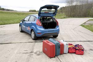 Testets minsta bagageutrymme: 295 liter. Svårlastat dessutom.