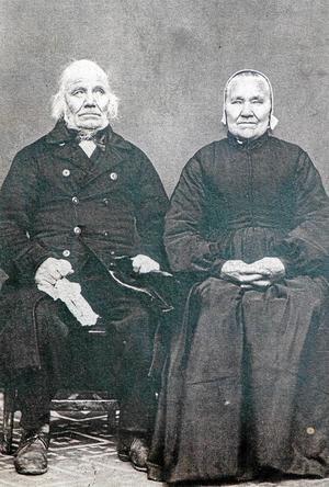 Gudmunds Lars Ersson född 1790 med makan Öst Ingeborg Olsdotter, född 1797.