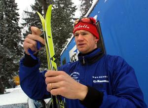 Daniel Cornelius, född 1974 i Örebro och fortfarande bosatt här, fick chansen i nationell grupp i sprinten på Ullevi i Göteborg i mars 2005, men slutade på 58:e plats av 65 startande, fyra sekunder från att kvala in till kvartsfianlerna på den blott 1,1 kilometer långa banan.