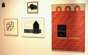 Barbro Östhlins verk i husform till höger är från 1968, men är helt tidlöst.