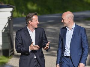 Isolerade. Storbritanniens premiärminister David Cameron och statsminister Fredrik Reinfeldt har de flesta emot sig när det gäller ny ordförande i EU-kommissionen.Foto: TT