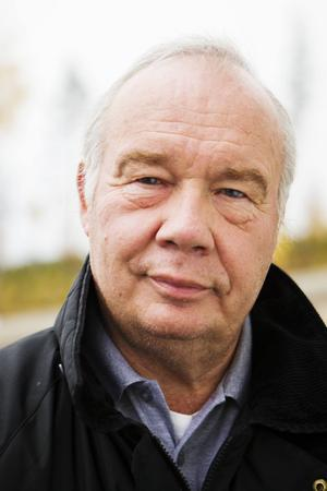 Kent Rosenqvist är engagerad i Rätans byalag som nu, med hjälp av bygdemedel från vindkraften, har ordnat så att det snart finns provtagning i Rätan igen.