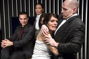 Johanna (Alexandra Zetterberg Ehn) i Brechts pjäs