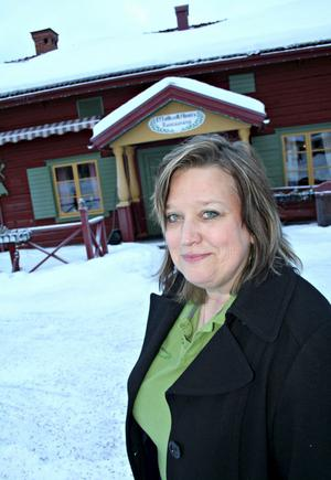 I MORA. Annika Eriksson välkomnar till sitt mysiga vandrarhem Målkullan vid Vasaloppsmålet i Mora.