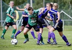 Josefin Larsson svarade för ett hattrick när Själevad slog Piteå Södra med 4–0. Foto: ROBBIN NORGREN/ARKIV