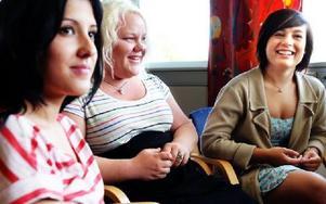 Therese Nilsson, Borlänges ungdomsråd, och Amanda Odell och Maria Nilsson Smedjbackens ungdomsråd. FOTO: ANNIKA BJÖRNDOTTER