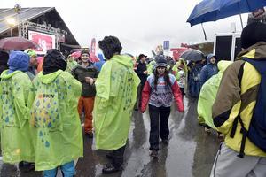 Regn och ingen snö och inte heller någon storslalom i Adelboden.