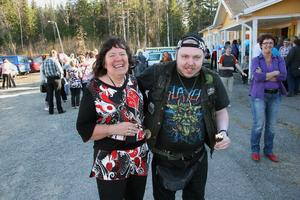Ronny Kvist från Bollnäs är en trogen länsdansbesökare liksom Pia Ekqvist, fritidsledare för FUB i Ljusdal.