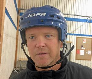 Pelle Svärd, tränare Sala Hockey.