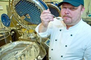 Jodå, Ris á la Maltan smakar som den ska, konstaterar kökschefen Fredrik Berglund.