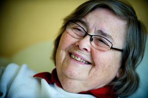 Ragnhild Pohanka fyller 80 år den 31 maj. Hon var ett av Miljöparitets första språkrör, och representerade Miljöpartiet i Riksdagen två perioder. I dag har hon dock bytt parti och tillhör sedan december 2002 Vänsterpartiet.