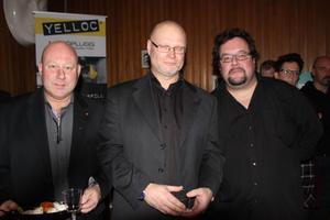 Men in black, från vänster: Christer Engberg, Office, Thomas Bick, Sandslåns vandrarhem och värden på stället Fredrik Nyberg.