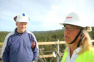 Martin Asp, arbetsledare på Skanska, och Tina Helin, projektchef, ansvarar för renoveringen.