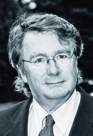 Lennart Jarnhammar har skrivit flera böcker med utgångspunkt från klassiska Stockholmskrogar. Nu har han tagit ett samlat grepp på hela branschen.