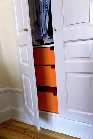 Moderna lägenheter saknar ofta förvaring. Det är nästan alltid något som efterfrågas när folk får tycka till om sitt boende.