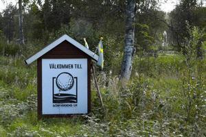 Golfbanan i Sörfjärden, utanför Gnarp, får också räknas till pärlorna som inbjuder till stopp efter vägen.