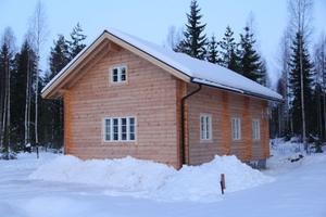 Villa nummer klar för försäljning. Jonsson/Jusélius är beredda att fylla på med fler när det börjar lossna på marknaden.