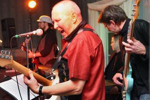 Roland Nilssons bluesband från ett tidigare framträdande på Järvsöbaden i Järvsö.