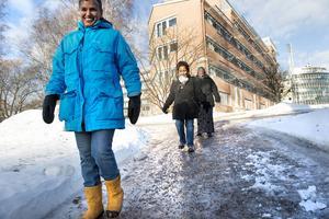 För Anna Torstensson, Margret Luyiga och Anab Abdi är broddar ett måste när det är ute och går på lunchen.