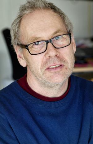 Peter Wrangel kan sammanfatta en ganska genomsnittlig Storsjöyra för socialtjänsten.