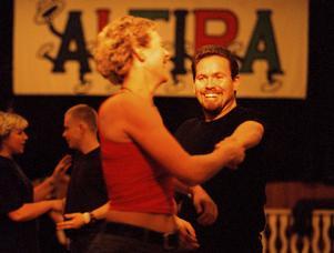 1999-12-07   Lina Näsström och Fredrik Wall dans bugg Altira