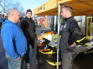 Tomas Backlund hade många kunder direkt från morgonen på Skoterns dag.