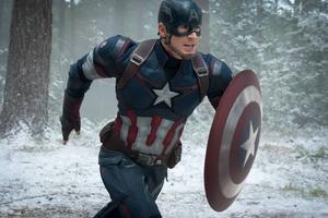 I den bioaktuella filmen Avengers: Age of Ultron måste superhjältarna, med bland andra Captain America, hantera hotet från en artificiell intelligens.
