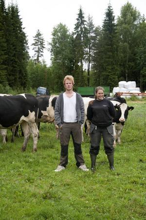 Mattias Claesson och Anna Walfridsson tar över Åsrå gård efter Ulf och Eva Sjölinder.
