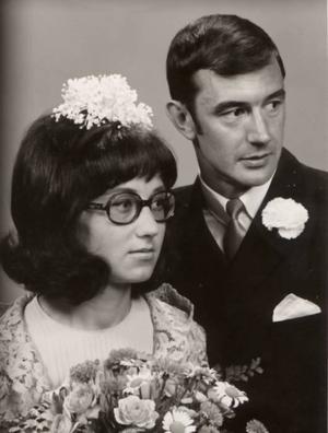Anne och Torbjörn Thepper, Sandviken, firar 40-årig bröllopsdag i dag. De vigdes 10 juli 1969 i Böna kapell. Dagen firas med barn och barnbarn.Foto: Privat