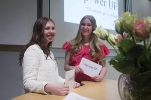 Elin Hedlund och Emma Jonsson är dem som tillsammans arrangerat evenemanget. De vill att tjejer inte ska behöva känna sig rädda för att gå ut själva i mörkret.