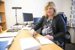 Efter fem år väljer Annelie Johansson att lämna Smedjebacken. Kritiken från kommunalråden i vintras menar hon inte var riktad mot henne utan mot andra chefer.