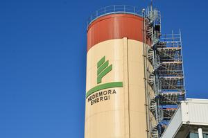 Enligt boende i Långshyttan har Hedemora Energi varit sena med att meddela om strömavbrottet.