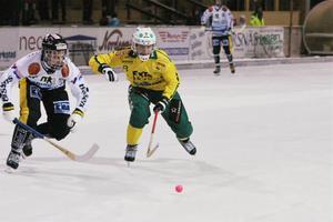 Matchvinnare – igen. Ljusdals Tobias Björklund gjorde två straffmål mot Köping.