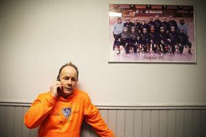 Klubbchefen Robban Lindgren har