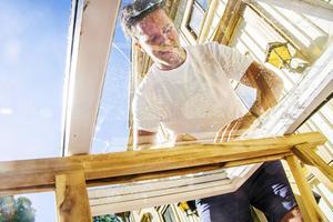 Allt fler förstår vikten av att bevara de gamla fönstren.