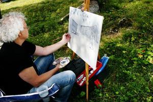 Björn Skeppstedt målade av Lassasvallen. Det var även Björn som hade målat den tavla som överräcktes till landshövding Barbro Holmberg.