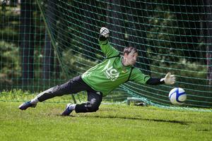Junseles målvakt Alexandru Cojocari fick släppa inte mindre än 13 bollar förbi sig mot Ånge.