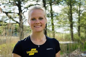 Anna Malvina Svennung vid Lommaren i Norrtälje.